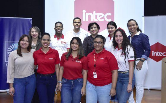 """""""Ser mejor nos hace bien"""": un impulso al liderazgo de la juventud"""